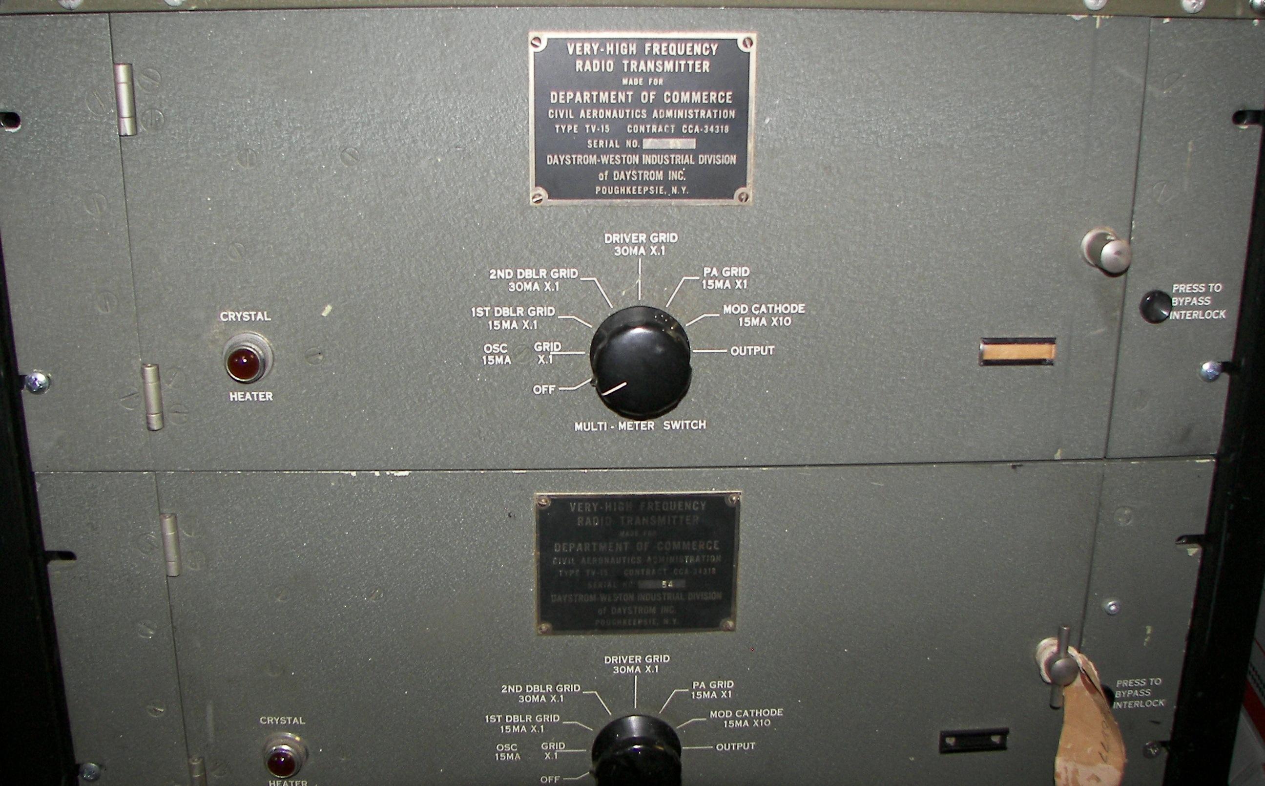 CAA (FAA) TV-15 VHF Transmitter